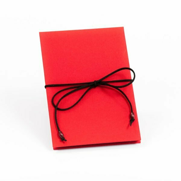 Czerwony album na zdjęcia